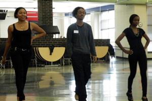 Fashion Club Hosts Modeling Tryouts