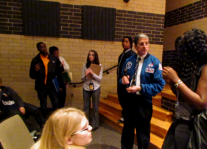Former Astronaut Speaks to Earth and Space Science Students