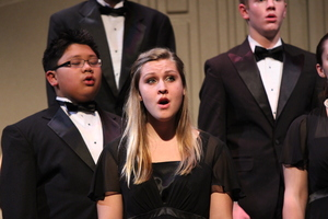 Choir Concert Brings Holiday Spirit