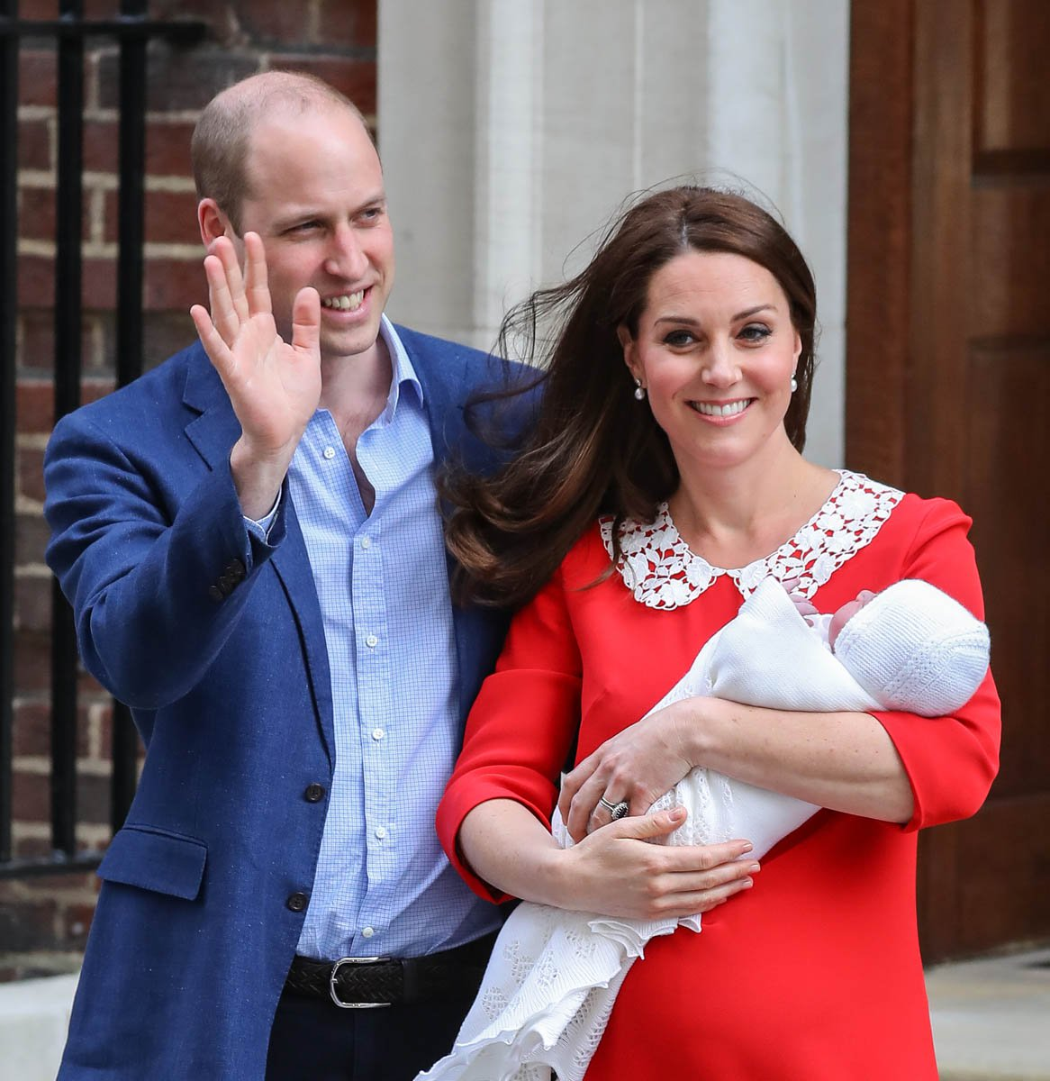 Princess Kate and Prince William greet the public just hours after giving birth to His Royal Highness Louis Arthur Charles.